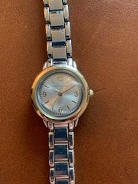 Watch, women's.  Anne Klein Vaughan, L4L 8C4