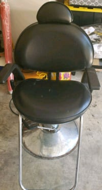 Salon styling chair Shelby County