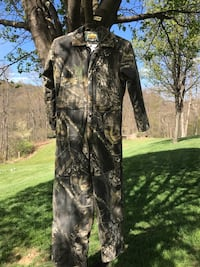 Mosley oak Cabelas one piece cover all for youth. Size 16  new front zipper.   Two side leg zippers for easy in and out.  Smoke free home Franklin Park, 15143