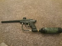 Paint ball gun never used comes with mask