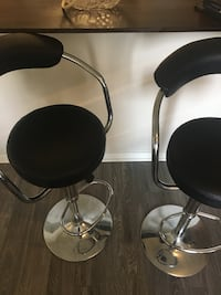 Excellent condition barely used Stools Richmond Hill, L4B 1A7