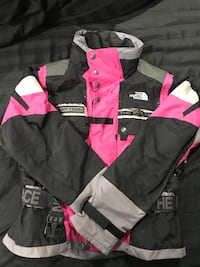 Black and pink The North Face Steeptech Perth Amboy, 08861