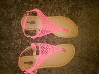 pair of pink leather sandals Santa Ana, 92706