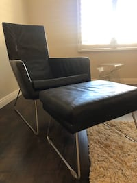 Leather chair + ottoman