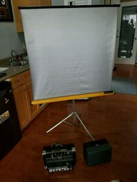 Two Vintage cameras and 1 projection screen Maple Ridge, V2W 2B4