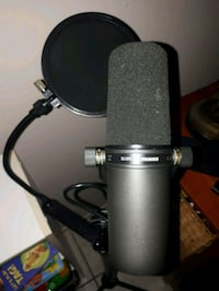 SHURE sm7b Stand and PopFilter Calgary, T2V 4Y8