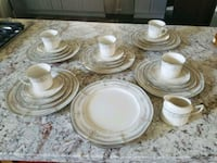 white ceramic plates and bowls Bakersfield, 93314