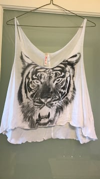 white and black tiger print tank top North Vancouver, V7N 3A8