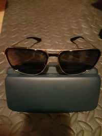 Barton Perriera sunglasses male for serious people Toronto, M6M 4H2