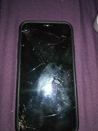 outlet store 72480 6cd7d Used Iphone x cracked screen for sale in New Albany - letgo