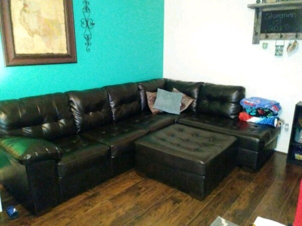 Used Leather sectional couch for sale in Houston - letgo