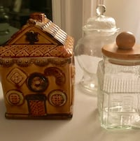 Set of three cookie jars/cannisters 40 km