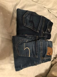 2 pairs of American eagle jeans Corpus Christi, 78415