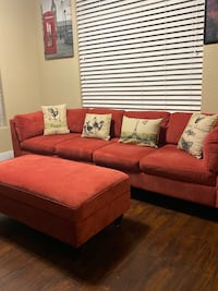 Sectional couch with ottoman