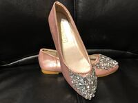 Pink sparkle gemstone shoes size 6 Morrow, 30260
