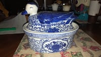 Vintage Chinese ceramic duck soup bowl Shirley, 01464