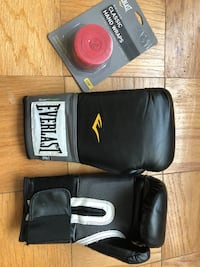 Everlast Women's Boxing Gloves *Good Condition with New Handwraps 38 km