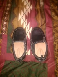 Size 9 toddlers dress-up shoes slip ons Pueblo, 81005