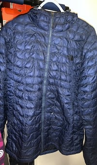 Midnight blue Northface bubble jacket