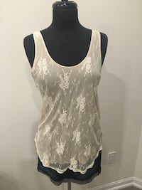 Wilfred lace top size M Oakville, T1Y