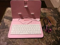 Bluetooth keyboard & Wired Headphones Fresno, 93701