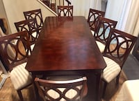 Fancy dining table  Montgomery Village, 20886
