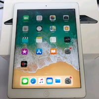 iPad Air 1 (16gb) + Charger + 30days warranty Sterling