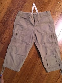 Brown cargo shorts small