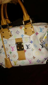 white and pink floral tote bag Victorville, 92392