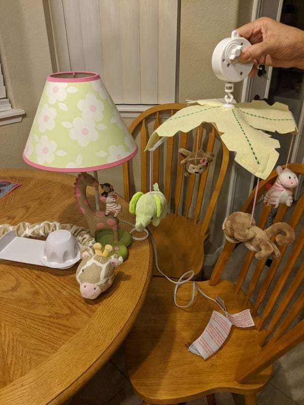 Baby girl crib, mattress, comforter set and changing table dresser cabff0d0-7571-4933-ae66-7d0f9c2cbc5d