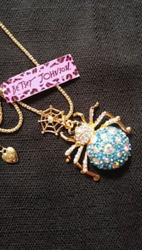 Nwt! Betsey Johnson Necklace  Lubbock, 79412