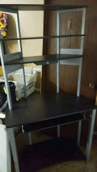 Black and Silver Desk NEED TO SELL TODAY Palos Hills, 60465