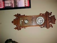 Nice Large Clock With Key LONDON