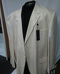 New suit big and tall never worn Pompano Beach, 33069