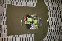 Android attacks large t-shirt Queens, 11361