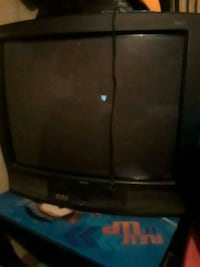 black CRT TV with remote Keithville, 71047