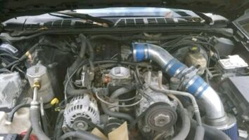 2003 chevy blazer Good engine, tranny, parts truck