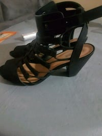 Shoes Windsor, N9B 2M5