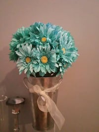 faux teal Gerbera daisy flowers centerpiece Montreal, H3S