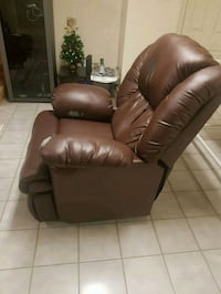 Faux leather La-z boy power recliner  Toronto, M4N