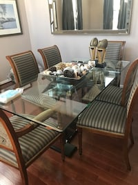 Gorgeous Dining Room Set Owings Mills, 21117