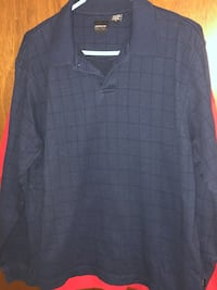Blue men's sweater/shirt type pull over buttons at the top! Treynor, 51575