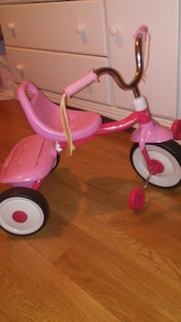 Radio flyer trike Whitsett, 27377