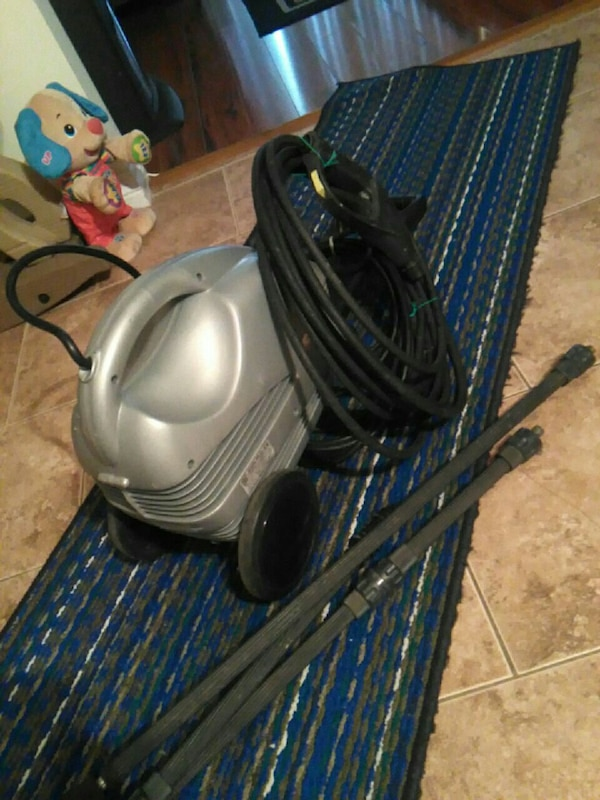 gray canister vacuum cleaner