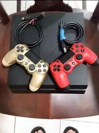 PS4 1TB with controller (free)  MIAMI
