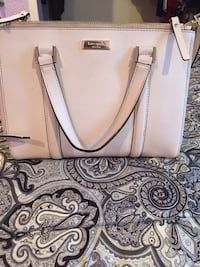 Women's white leather tote bag Bell Gardens, 90201