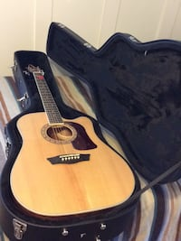 Washburn HD10SCE guitar with Wolfpack case 52 km