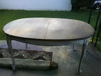 oval brown dining room table Huntsville, 35803