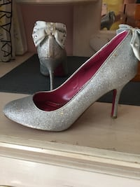 Glitter party-Barbie by town shoes size 7