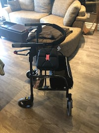 Nexus Walker Excellent Condition Oshawa, L1G 5V6